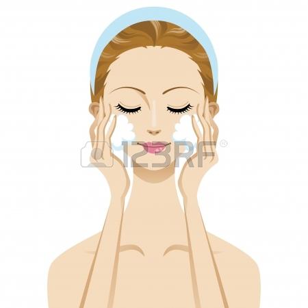 13878822-skin-care-beauty-woman-image--cleansing-foam.jpg